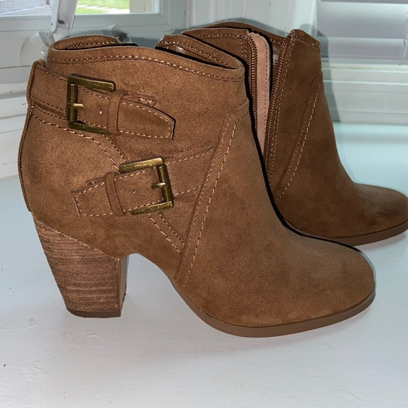 Suede heeled booties with buckle detail